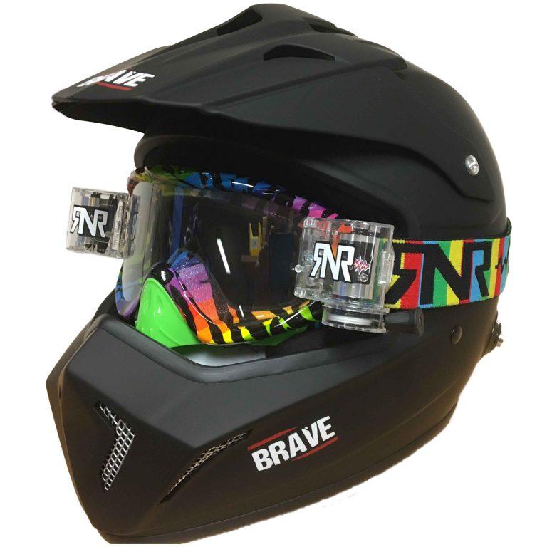 Kostenlose Motocross-Brille mit Abrollfunktion beim Kauf des Motocross-Helms Brave mit FIA-Zulassung