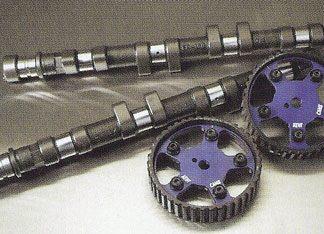 Motoronderdelen in en rond de motor, pakkingen, nokkenassen en toebehoren